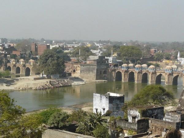 Jaunpur photos, Shahi Bridge - A distant view