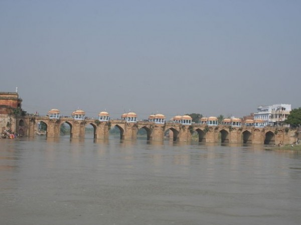 Jaunpur photos, Shahi Bridge - A Beauitful Shot