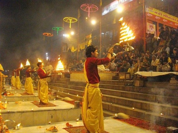Varanasi photos, Dasaswamedh Ghat - Evening Ganga Aarti
