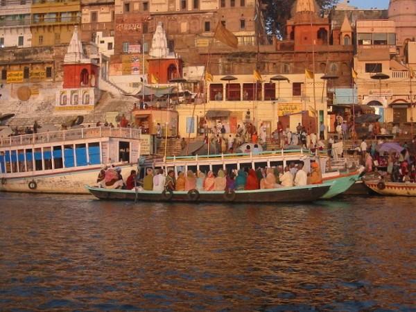 Varanasi photos, Dasaswamedh Ghat - Ghat