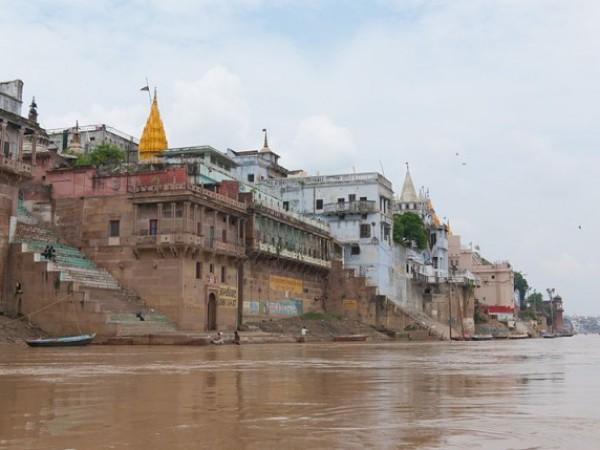 Varanasi photos, Varanasi Ghats - Silent water