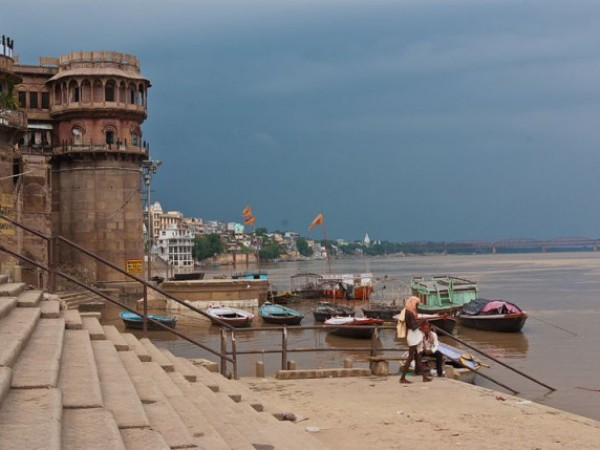 Varanasi photos, Varanasi Ghats - Steps at the shores