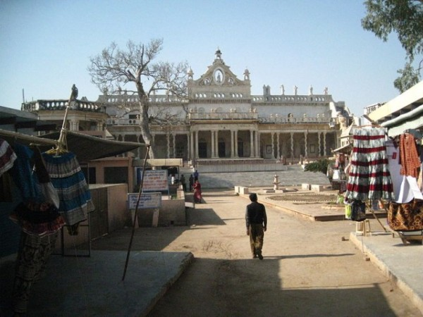 Vrindavan photos, Shahji Temple - Temple located outskirts