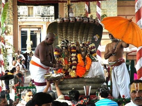 Vrindavan photos, Rangji Temple - A scene from Brahmotsava festival