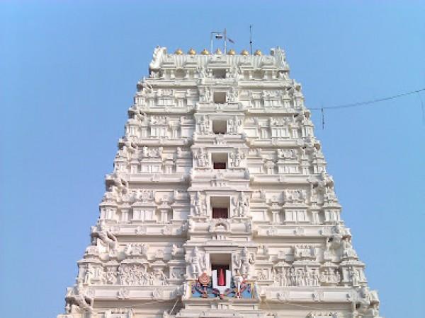 Vrindavan photos, Rangji Temple - The Gopura