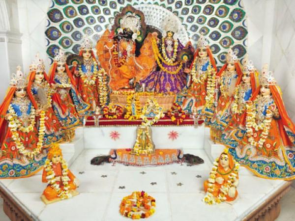 Vrindavan photos, Shree Radha Ras Bihari Ashta Sakhi Temple - RadhaKrishna & Ashtasakhis