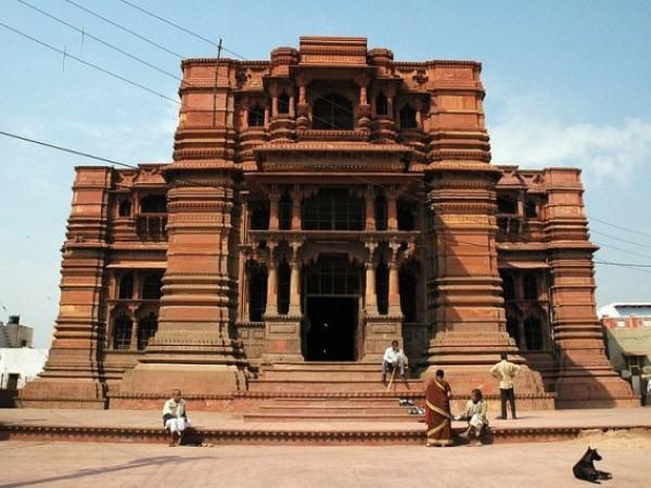 Vrindavan photos, Govind Deo temple - A complete view