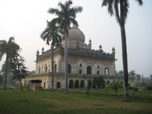 Faizabad photos, Gulab Bari - Mausoleum of Nawab Shuja ud Daulah