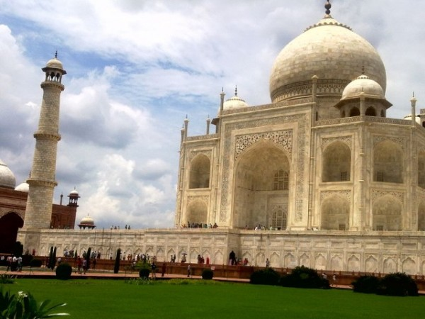 Agra photos, Taj Mahal - An architecture marvel