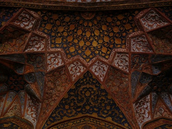 Agra photos, The tomb of Akbar the Great - Ceiling of the Tomb