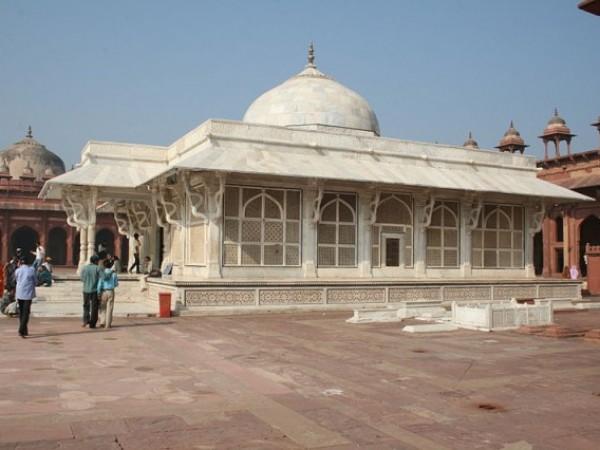 Fatehpur Sikri photos, Tomb of Salim Chishti - Closer View