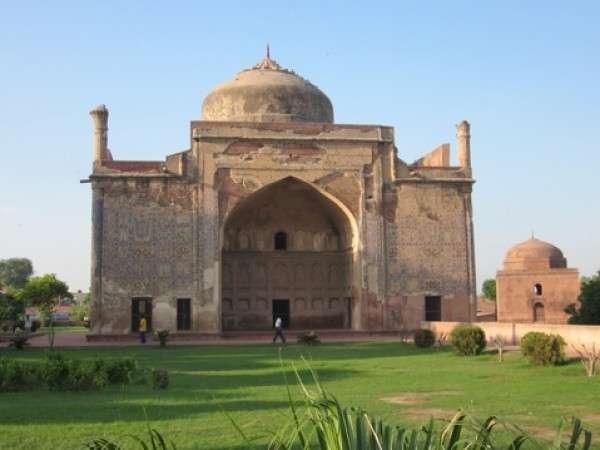 Agra photos, Chini ka Rauza - An Indo-Persian Mosque