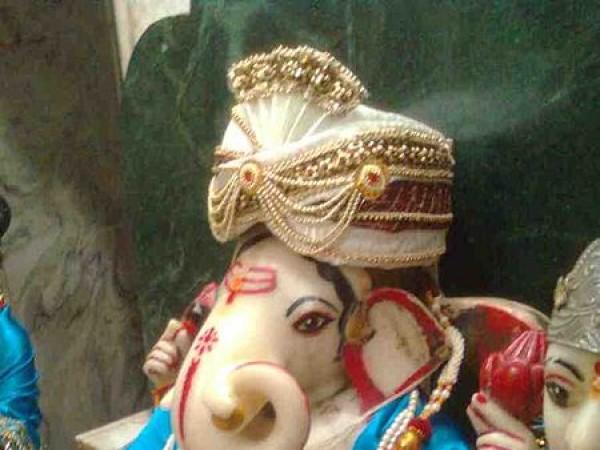 Jhansi photos, Ganesh Mandir - Ganesha Idol