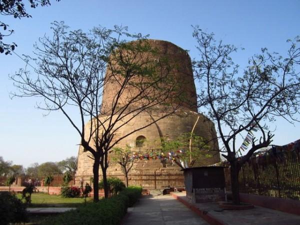 Sarnath photos, Dhamek Stupa - A distant view