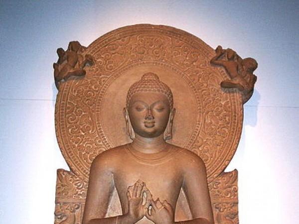 Sarnath photos, Sarnath Museum - An adorable Buddha