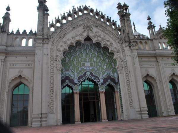 Lucknow photos, Juma Masjid - The majestic entrance