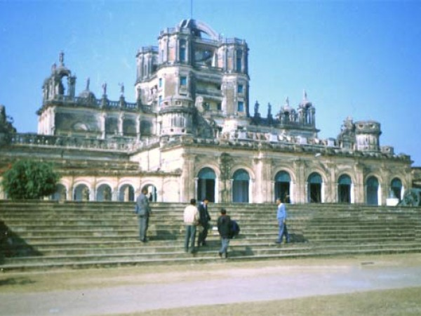 Lucknow photos, Constantia - A complete view.