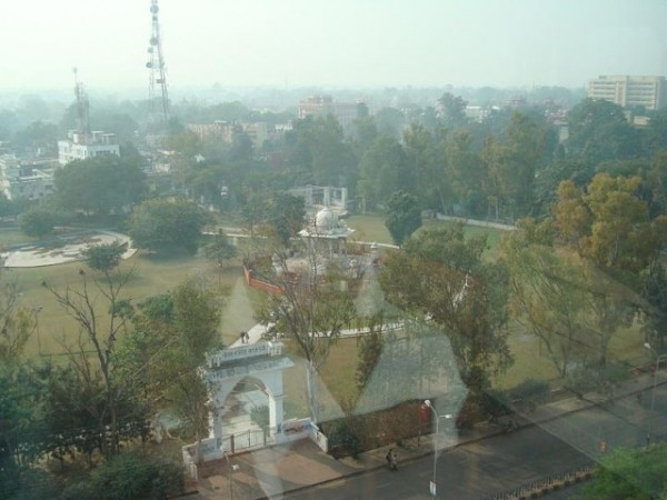 Lucknow photos, Begum Hazrat Mahal Park -A top view.