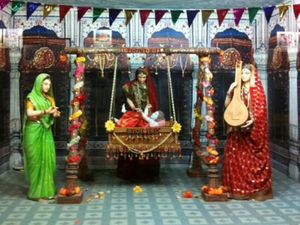 Satna photos, Tulsi Museum - Moving Idols