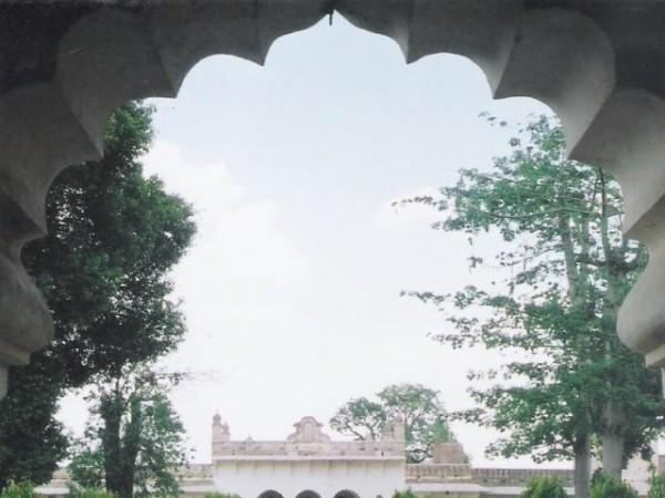 Islamnagar photos, Chaman Mahal -Inside view