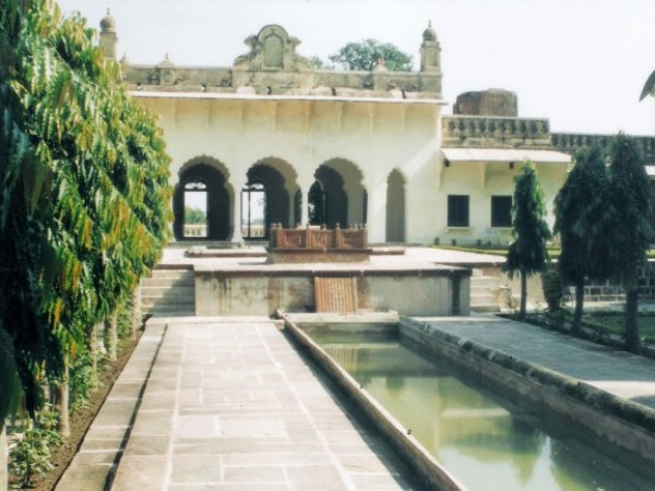 Islamnagar photos, Chaman Mahal -18th Century Mahal.