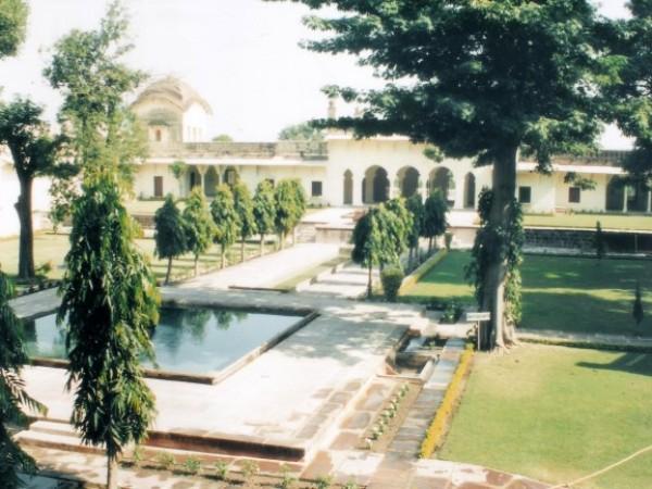 Islamnagar photos, Chaman Mahal - The Charbagh