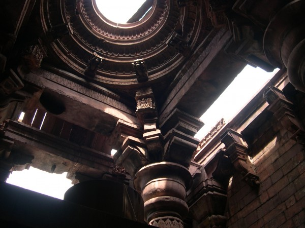 Bhojpur photos, Bhojeshwar Temple - Beautiful Interiors