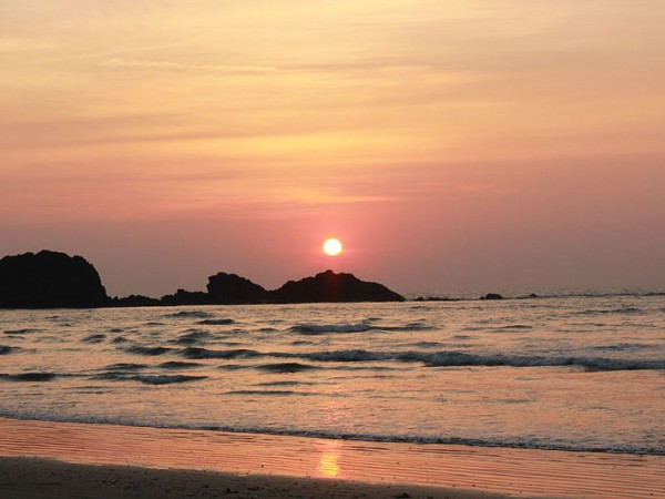 Kannur photos, Muzhuppilangad Beach - Golden Sunset