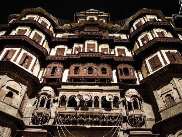 Indore photos, Rajwada Palace - A front view of the palace
