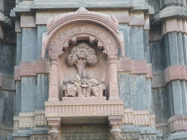 Indore photos, Krishnapura Chhatri - Sculpture of Lord Shiva