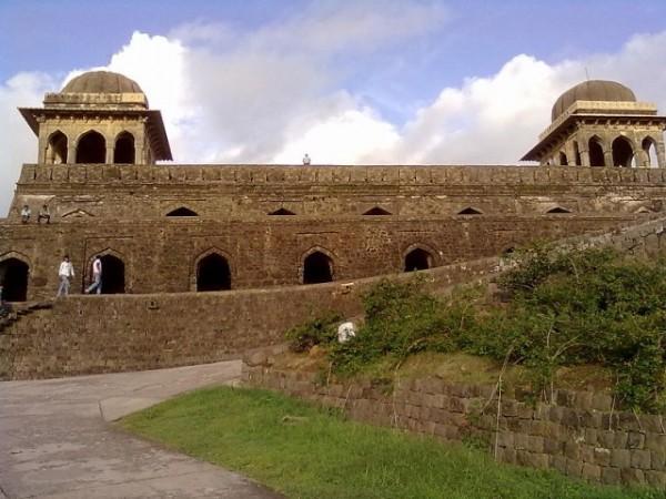 Mandu photos, Roopmati Pavilion A Beautiful view.