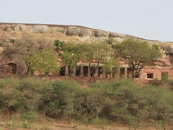 Mandu photos, Bagh Caves - The Ruins