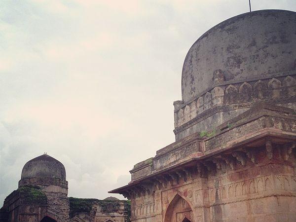 Mandu photos, Dai Ka Mahal - A view