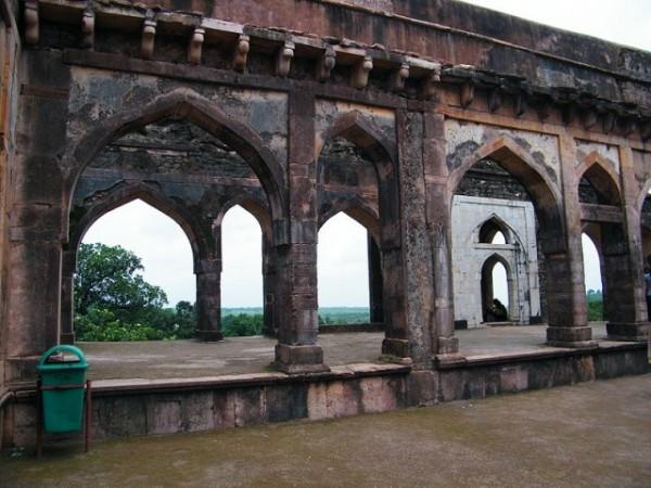 Mandu photos, Baz Bahadur's Mahal - The Majestic Palace,