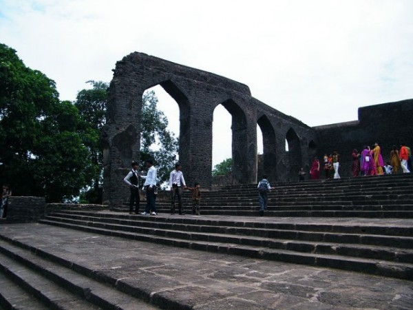 Mandu photos, Baz Bahadur's Mahal - The 16th Century Palace.