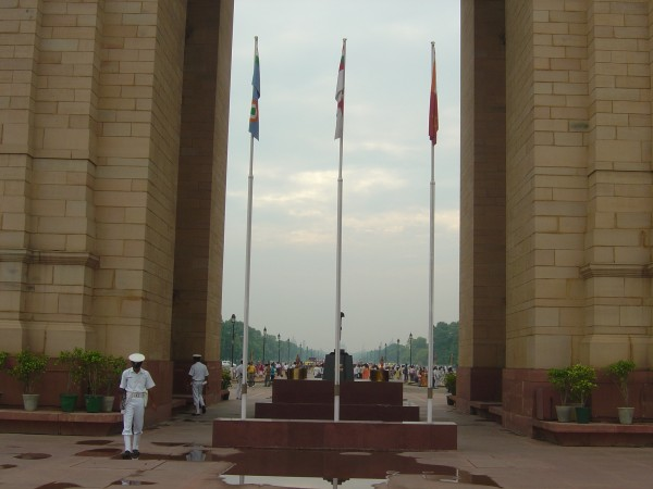 Delhi photos, India Gate - Soldiers