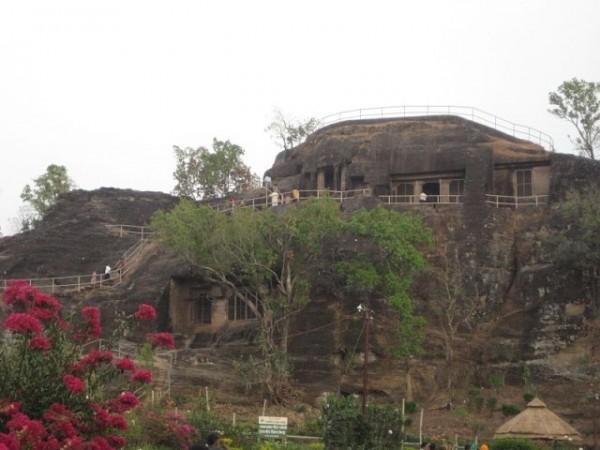 Pachmarhi photos, Pandav Caves - The Buddhist Caves