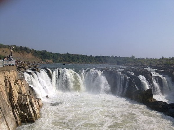 Jabalpur photos, Dhuandhar Falls - The pristine Waterfalls