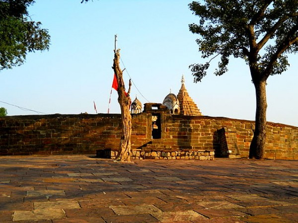 Jabalpur photos, Chausath Yogini temple - The Holy Shrine