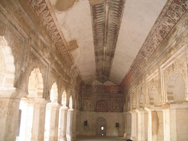 Orchha photos, Raja Mahal - The beautiful Paintings