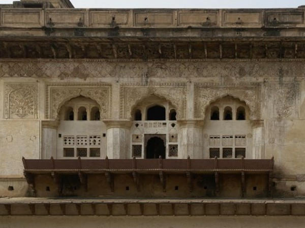 Orchha photos, Raja Mahal - The Carved Arches