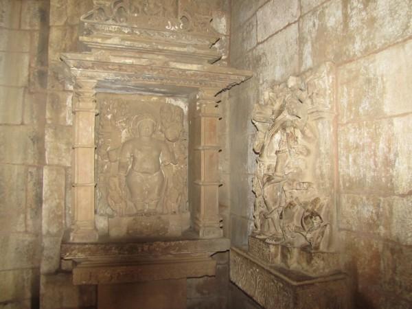 Khajuraho photos, Lakshmana Temple - Vamana