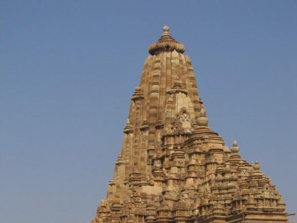 खजुराहो तस्वीरें, कंदारिया महादेव मंदिर - बलुआ संरचना