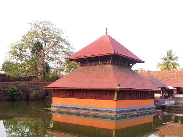 Bekal photos, Ananthapura Temple - Only Lake Temple in Kerala