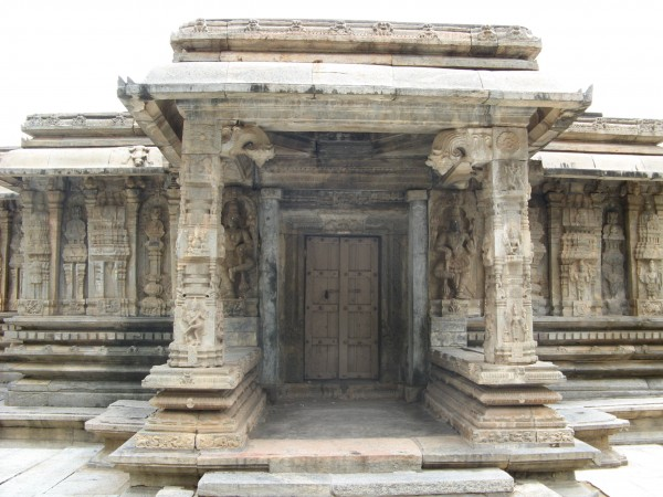 Talakadu photos, Door and Carvings