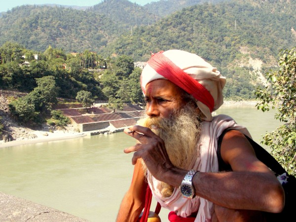 Rishikesh photos, Relaxed Sadhu