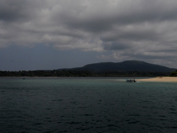 Andaman and Nicobar photos, Ross Island - A lone boat