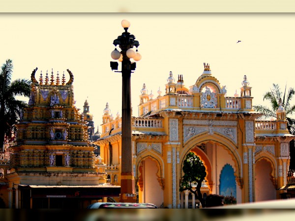 Mysore photos, Mysore Palace - Outer surrounding
