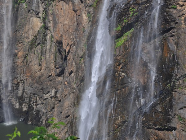 Jog falls photos, A close view