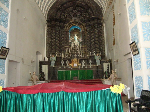 Diu photos, St. Paul's Church - An inside view